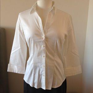 Banana Republic 3/4 Sleeve Button Up Shirt NWOT